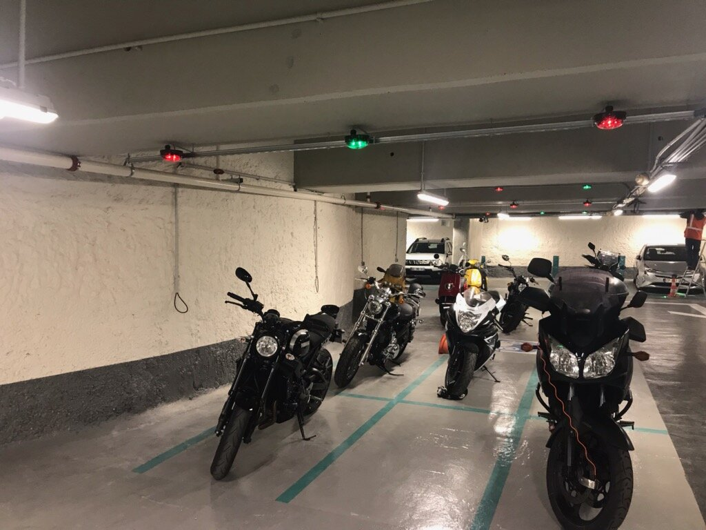 Parking Guidance for Motorcycles in France